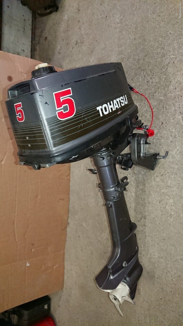 Tohatsu 5HP Outboard Motor